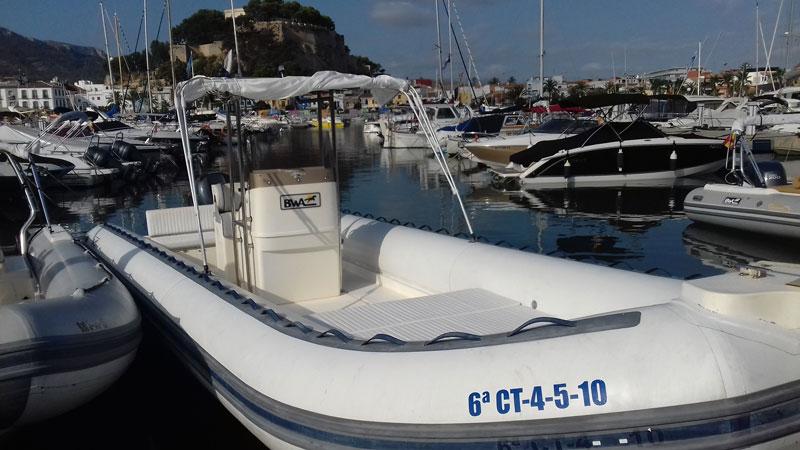 9metros-alquiler-lanchas-barcos-denia