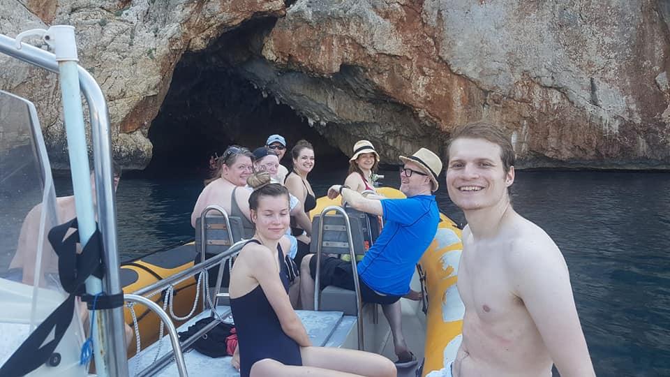 Cala Granadella excursión en barco